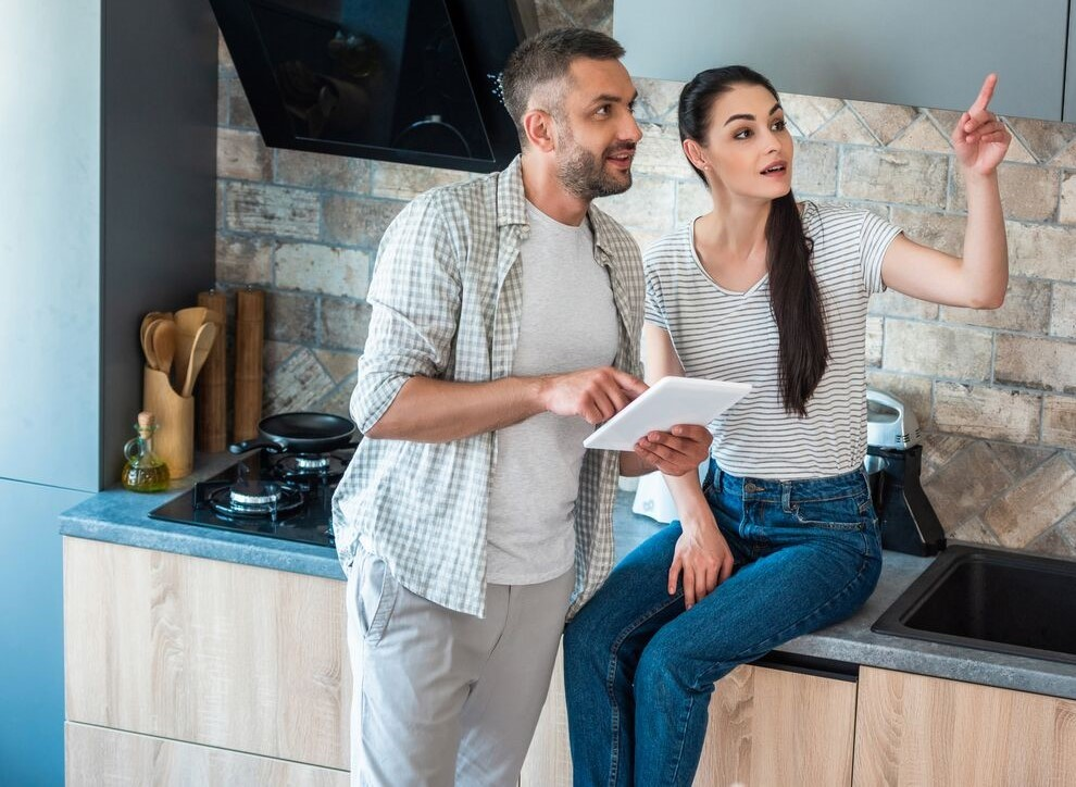 DIY vs. Professionally Installed: What's Best for Your Smart Home?