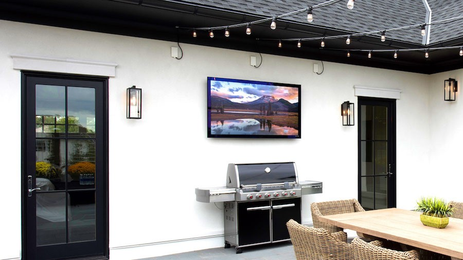 The Best Outdoor Speakers and TVs for Your Summer Entertainment
